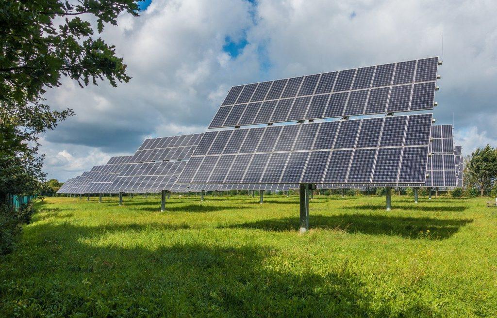LEISTUNGEN: Photovoltaik Gewerbe